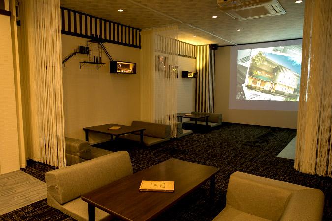 プチ個室ソファ席がプライベート空間を演出