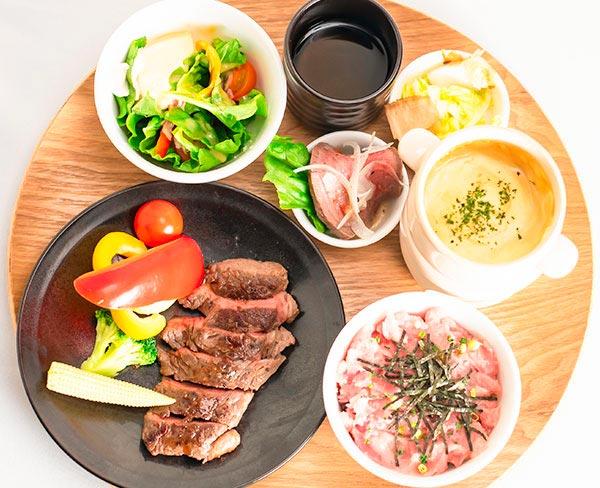 和風ステーキ チーズフォンデュセット  2,080円